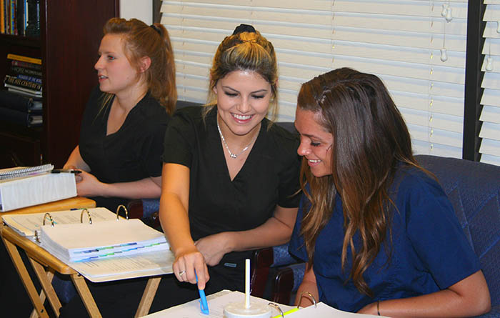 dental assistant requirements